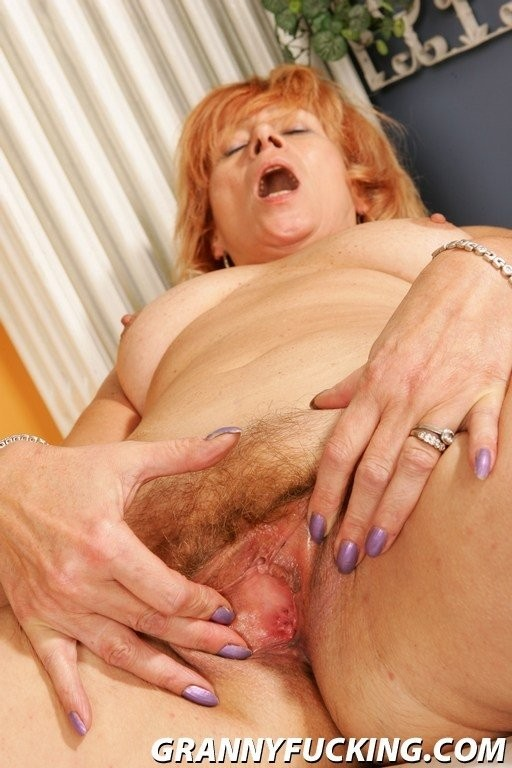 busty vintage clips – Anal