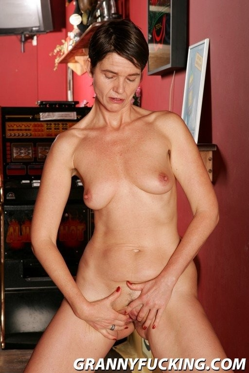 donna strapped sleeping naked – Amateur